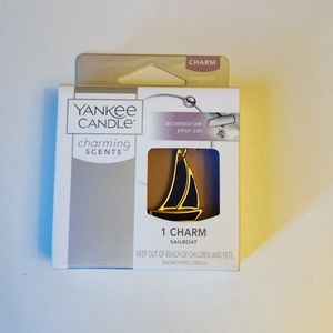 🐢 3 for $25 💘 Yankee Candle charming scent